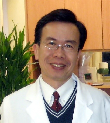 羅綸謙醫師