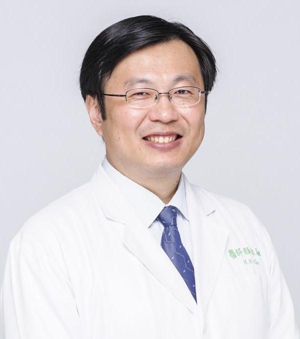 顏宏融醫師
