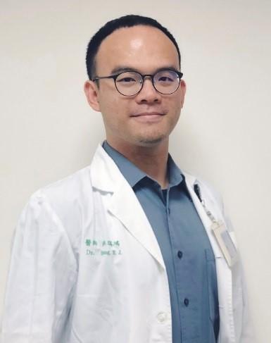洪瑞鴻醫師