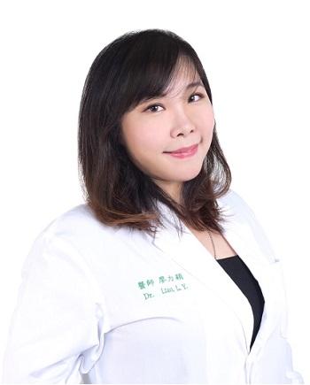 廖力穎醫師