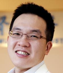 梁志嘉醫師