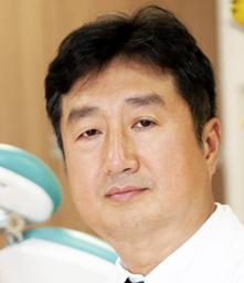 江顯雄醫師