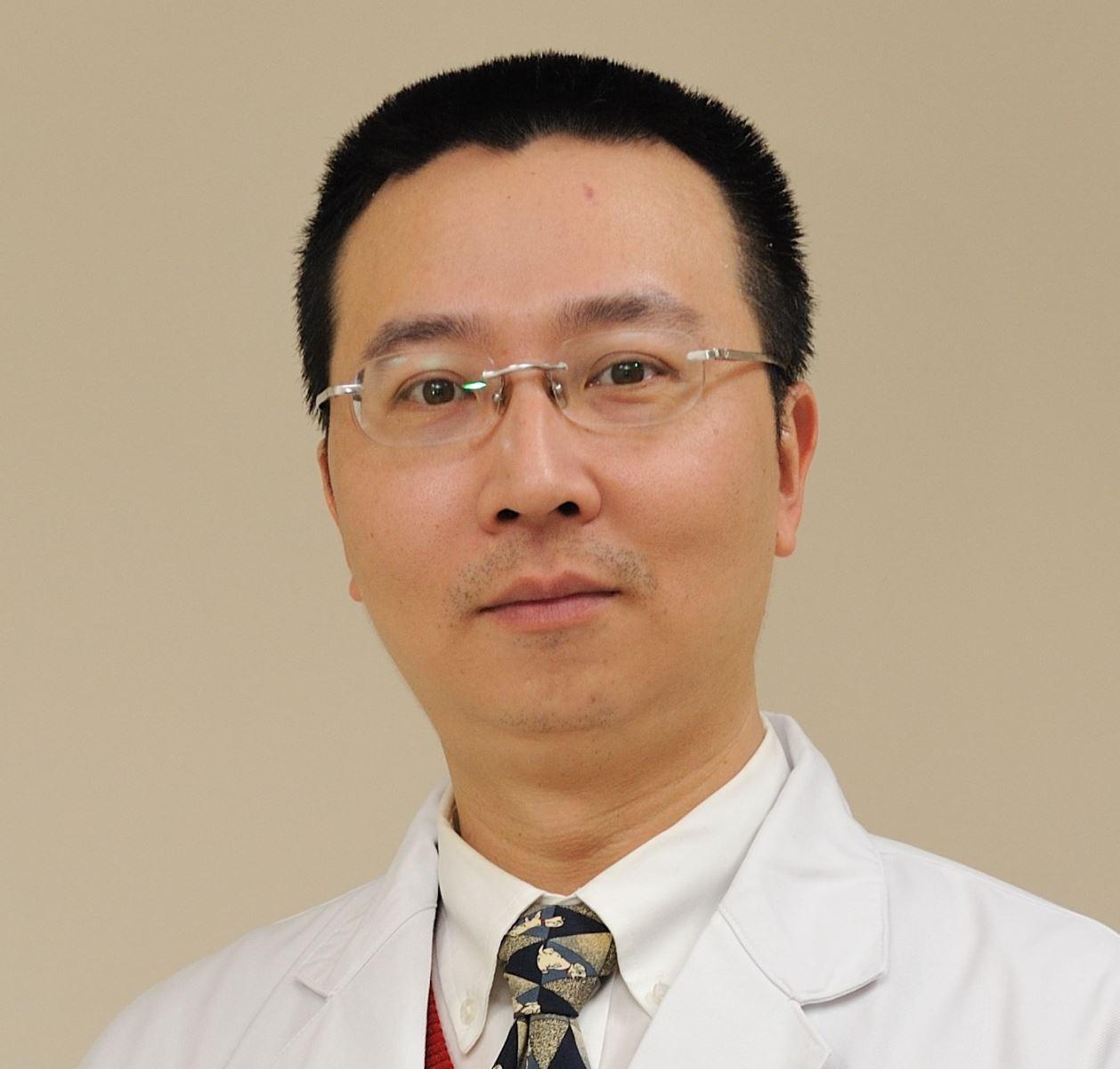 賴世偉醫師