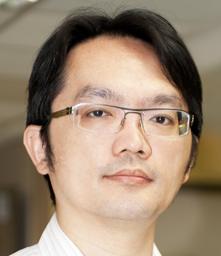 鄭宇凱醫師