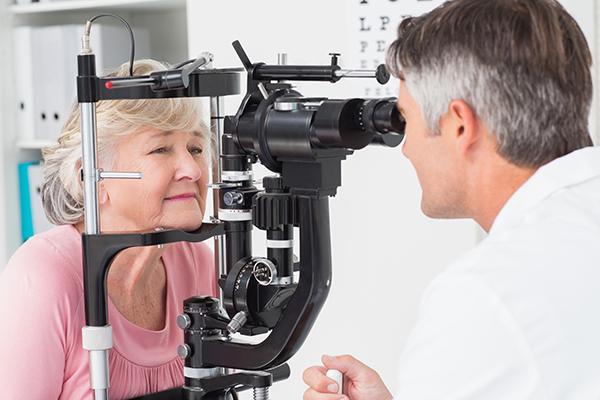依世界衛生組織的統計,白內障是造成全球人口視力受損及失明最主要的因素。