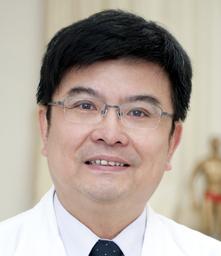 中醫內科團隊林宏任醫師